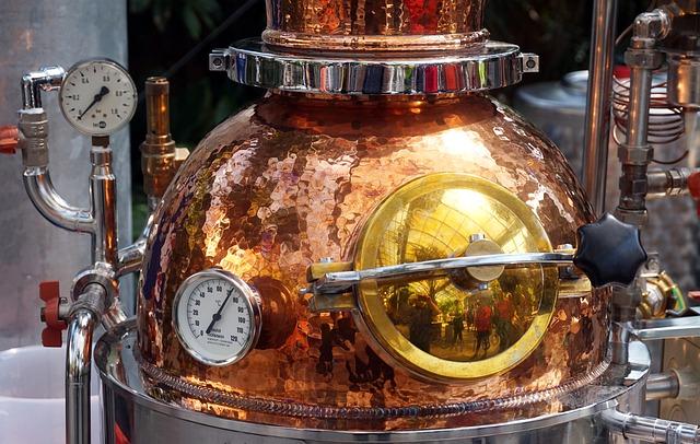 distill-4256496_640